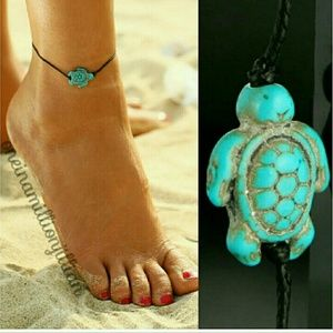 Jewelry - LAST ONE - Simple Turtle Ankle Bracelet